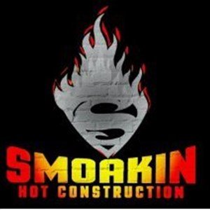 Smoakin Hot Construction Logo