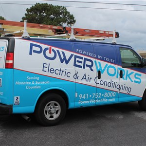 Powerworks Electric & Air Conditioning Logo