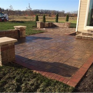 Backyard Deck Designs Contractors Logo