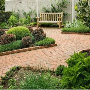 E Landscaping Cover Photo