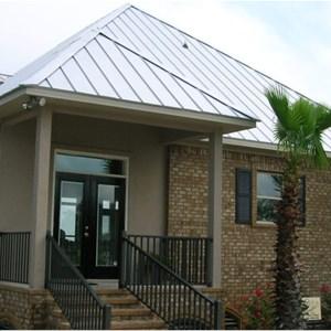 Damon Lett Roofing Logo