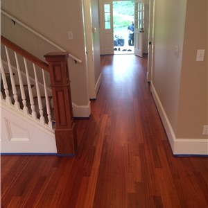 Innovations Hardwood Floors Logo