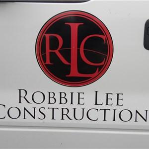 Robbie Lee Construction,LLC Logo
