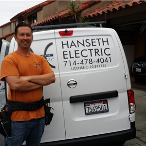 Hanseth Electric Logo
