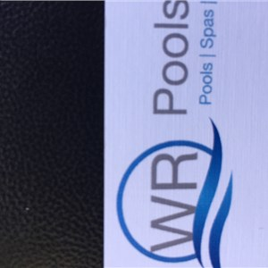 WR POOLS AND SPAS Logo