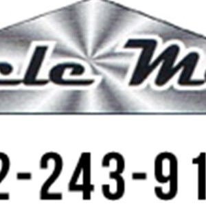 Miracle Moving, LLC Logo