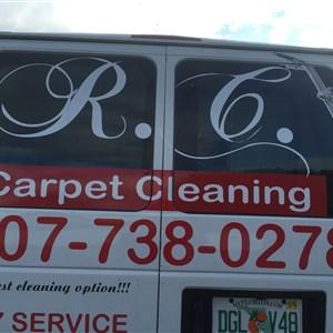 R Carpet Cleaning Logo