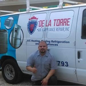 D la Torre Appliance Repair.inc Logo