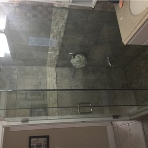 Rfshower Door Glass and Mirror Logo