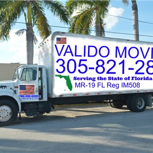 Orlando Valido Moving Logo