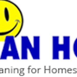A Clean House Logo