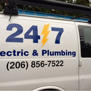 24/7 Electric Logo
