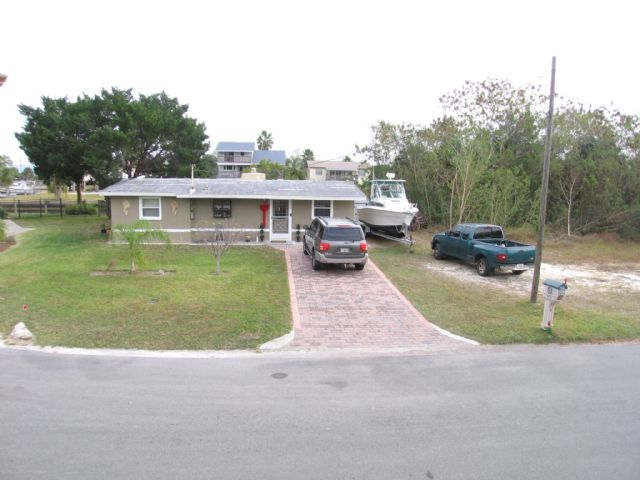 New Listing Gulf of Mx Canal in Hernando Beach, FL