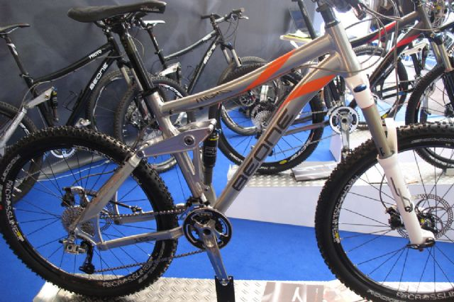 BeOne MOKO 160 Full Suspension Bike