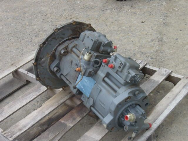 Case 9030B Excavator Main Hydraulic Pump