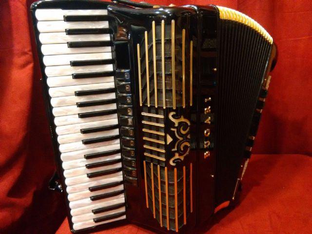 Black Bugari Gold Plus Piano Accordion