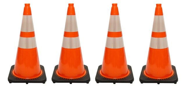 JBC Traffic Cone 4 PCS Set RS70032CT3M64