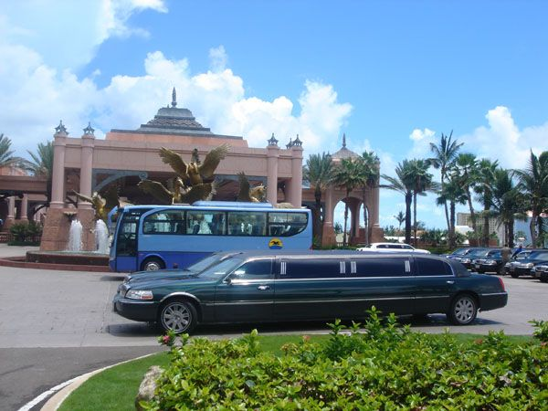 Bahamas Airport Rides|Weddings|Limos|Nassau Buses