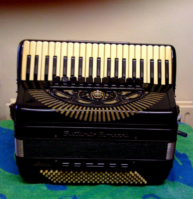 paolo soprani accordion models