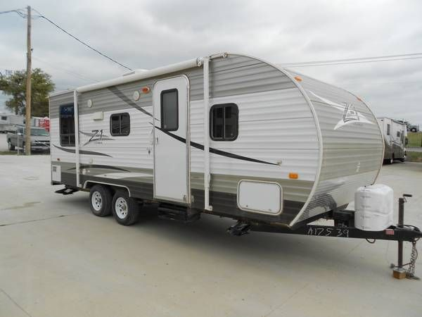 5TH WHEELS/TRAVEL TRAILERS   *    IN HOUSE FINANCE