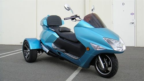 300cc Compeller Trike Scooter Moped