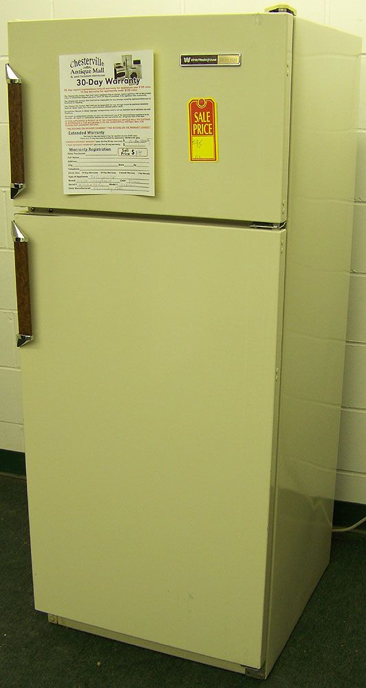 Almond White-Westinghouse Apartment Size Fridge in Chesterville IL ...
