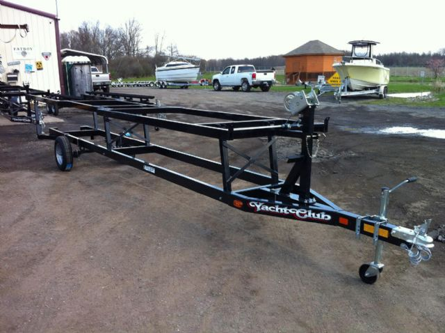 Crank up pontoon trailers