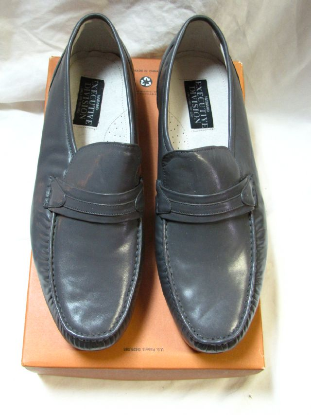 Mens shoes loafer gray size 14D