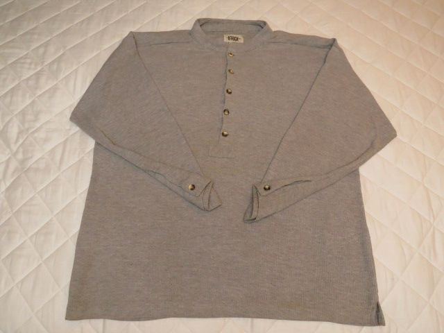 Man's 2XL long sleeve gray shirt