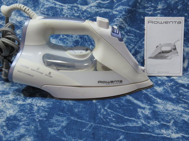 Rowenta model DZ9050 Steam Iron