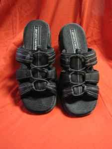 Ladies sandals by Skechers size 7 1/2