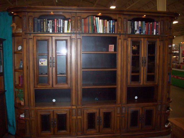 IN HOME SOLID OAK BOOKCASE WALL UNIT