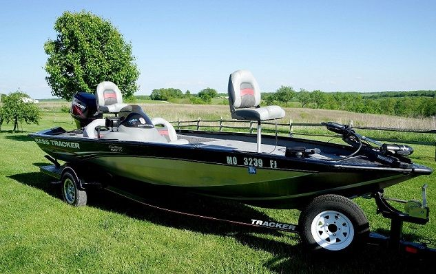 boats vehicles for sale missouri vehicles for sale listings free classifieds ads. Black Bedroom Furniture Sets. Home Design Ideas
