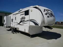 Fifth Wheels and Travel Trailers For Sale with In