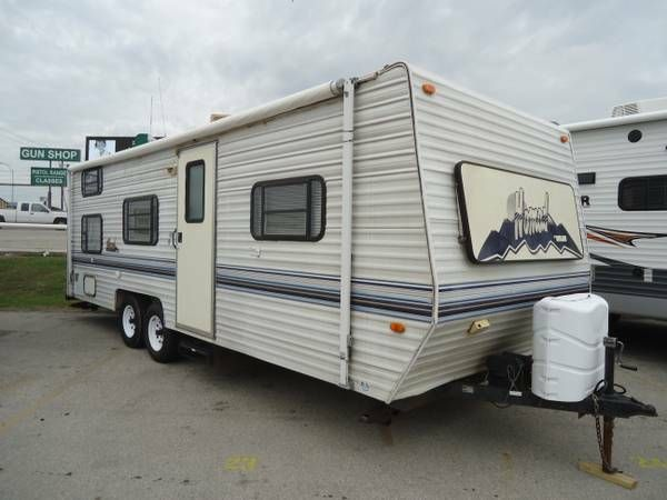 1999 Nomad 2610 by Skyline w/ in House Financing