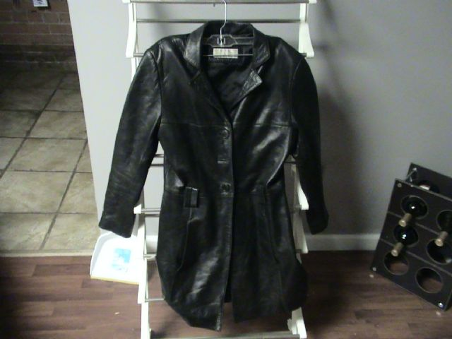 "Women's ""Jones New York"" leather Jacket"