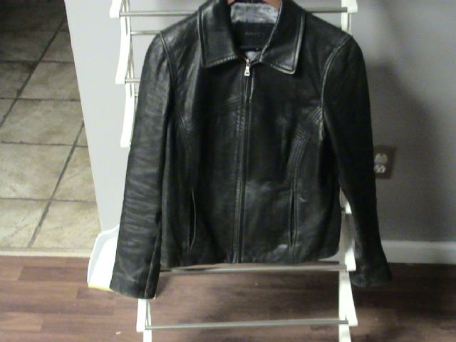 "Women's ""Guess"" leather coat"