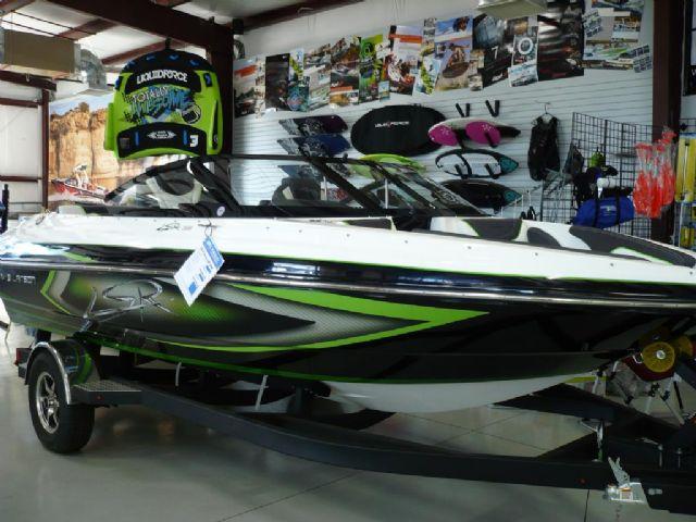 2014 Larson LSR 2000 Bowrider Sport Boat!