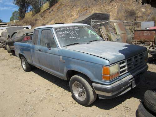 For Parts: 1990 Ford Ranger