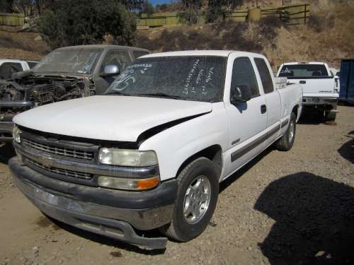 Dismantling: 2001 Chevy 1500