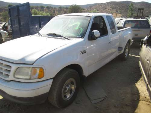 Parting Out: 2001 Ford F150