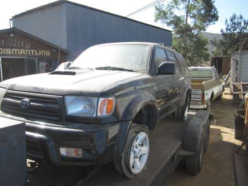 2000 Toyota 4Runner for Parts