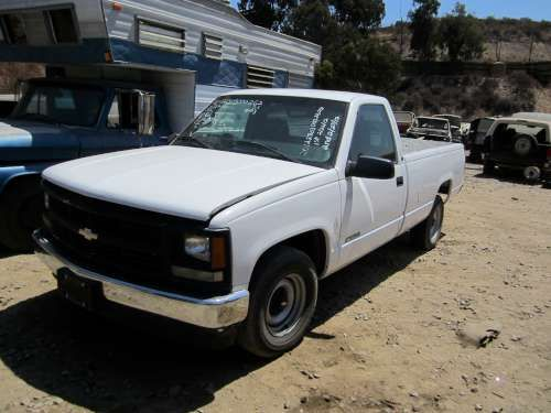 For Parts: 1997 Chevy 1500