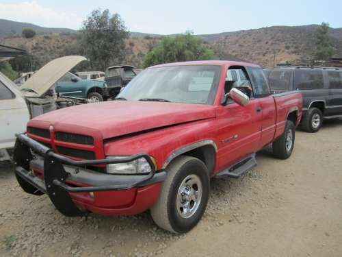 For Parts: 1996 Dodge Ram 1500