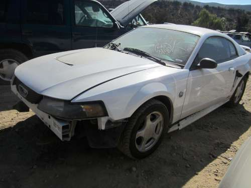 For Parts: '04 Ford Mustang
