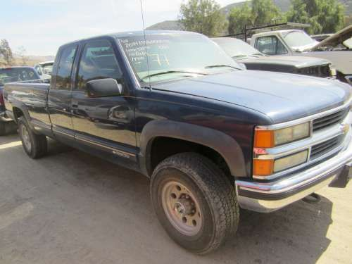 For Parts: 1998 Chevrolet K2500