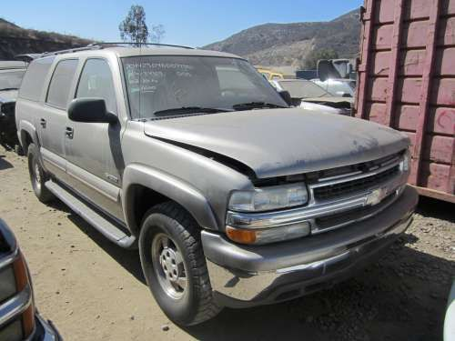 Parting Out: 2000 Chevrolet Suburban