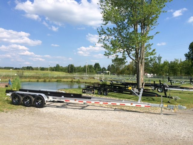 Aluminum tri axle boat trailer