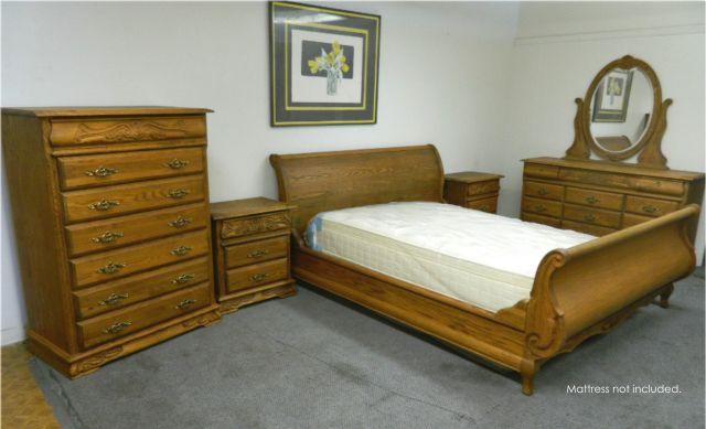 Oakwood Interiors Solid Oak Sleigh Bedroom Set