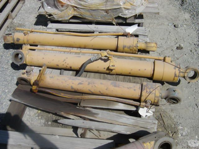 Cylinder Group For Komatsu PC60-5 Excavator